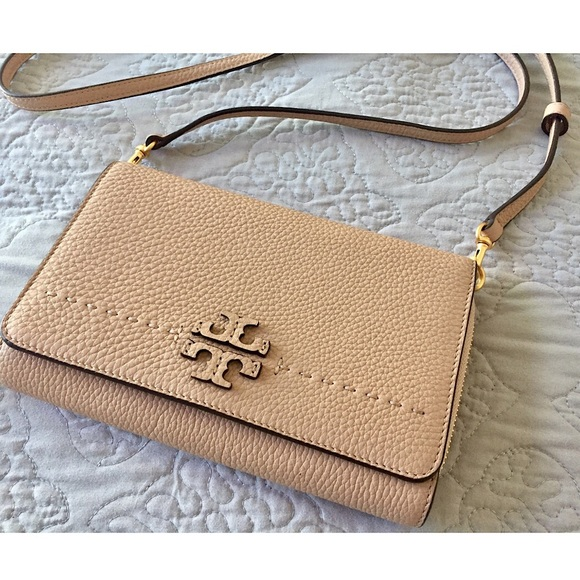 72be35c81ce TORY BURCH McGraw Flat Wallet Crossbody SPRING 18.  M 5afb31a12ab8c5442f9ba198. Other Bags ...